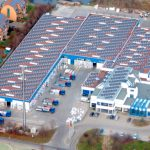 Fliesenzentrum Großbeeren - Flächenabdichtung vor Photovoltaik-Montage